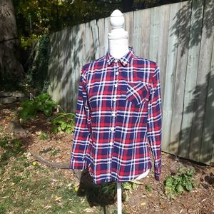 Per Se red and blue plaid button up size medium
